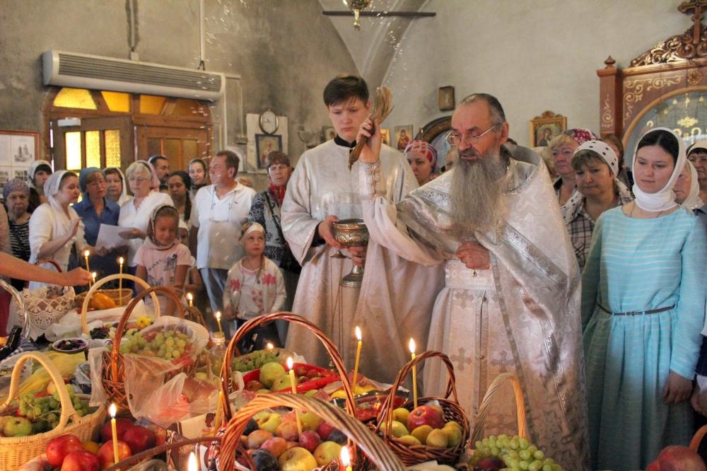 Яблоко с медом — главное блюдо праздника Преображения Господня